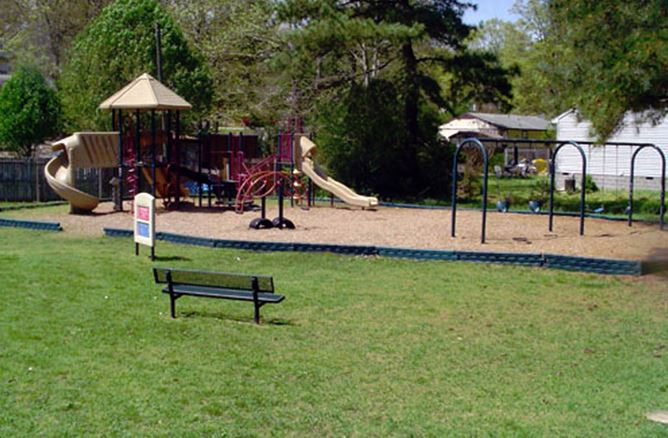 Forest Glen Playground